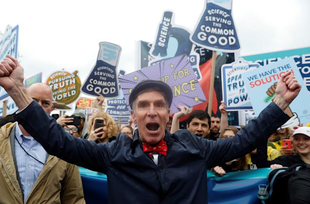 Bill Nye explains disasters in Peacock's 'The End is Nye'