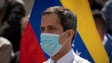 Guaidó sustituye a cargos de una comisión con los que aspira tomar el control de Telesur