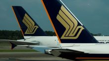 Singapore Airlines to report fourth-quarter loss on fuel hedges