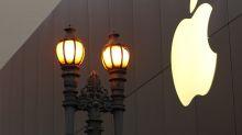 Wall Street tutta su Apple, lista della spesa sul settore retail