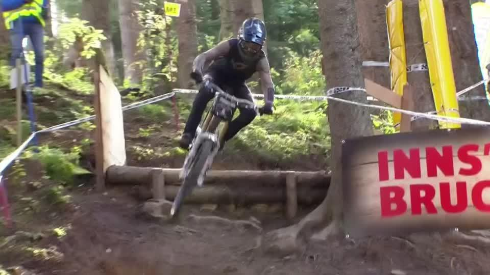 Austrians Trummer and Holl tackle treacherous mountain bike downhill on way to Innsbruck wins [Video]