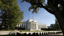 SONDEO-Baja inflación podría retrasar planes de Fed en EEUU, estímulo fiscal es innecesario