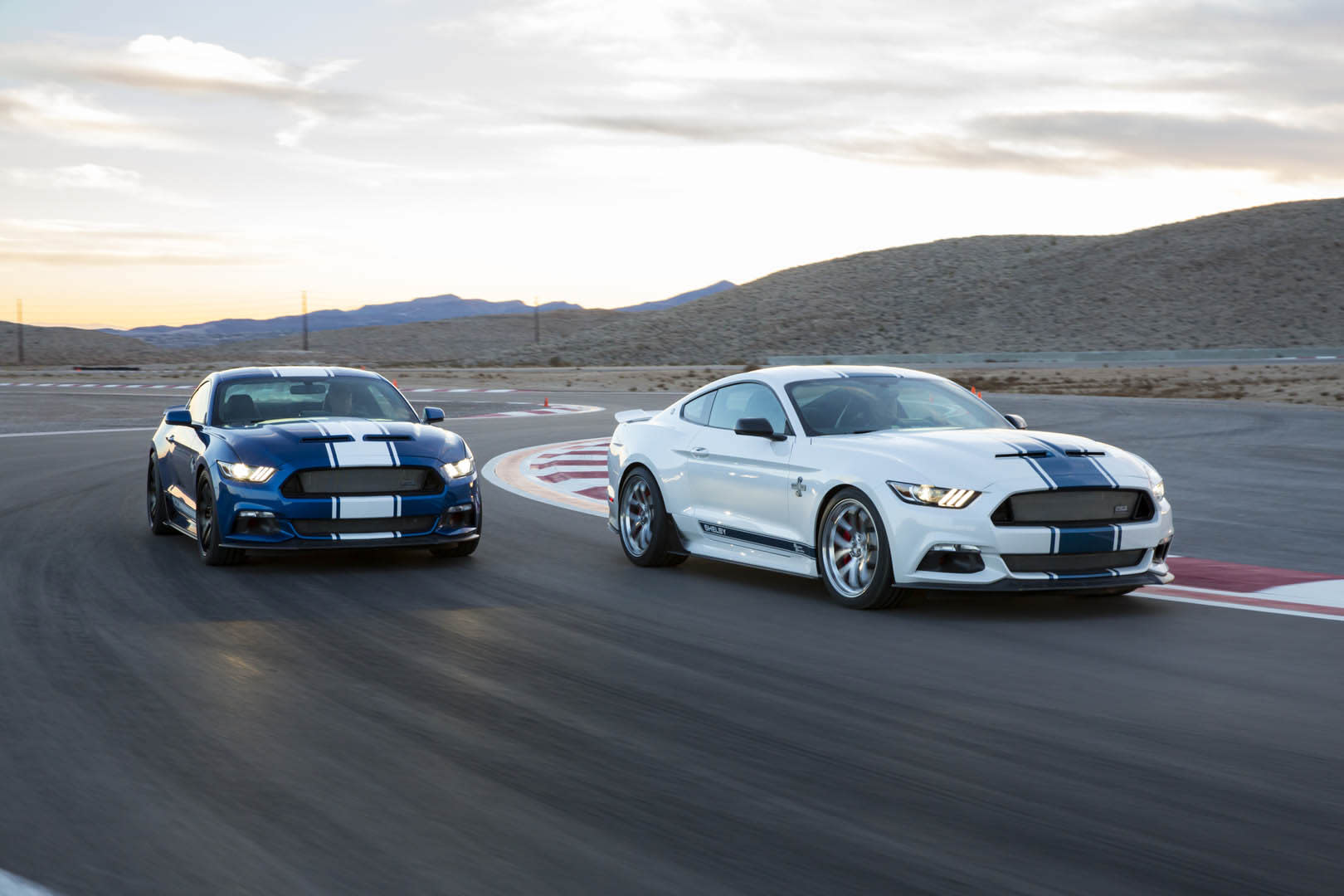 Shelby surprises with 2017 Mustang Super Snake