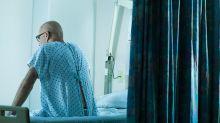 Idoso com Covid-19 foge de hospital em MG e morre horas depois