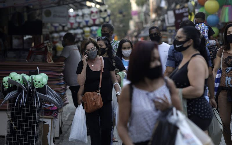 Brazil registers 365 new coronavirus deaths
