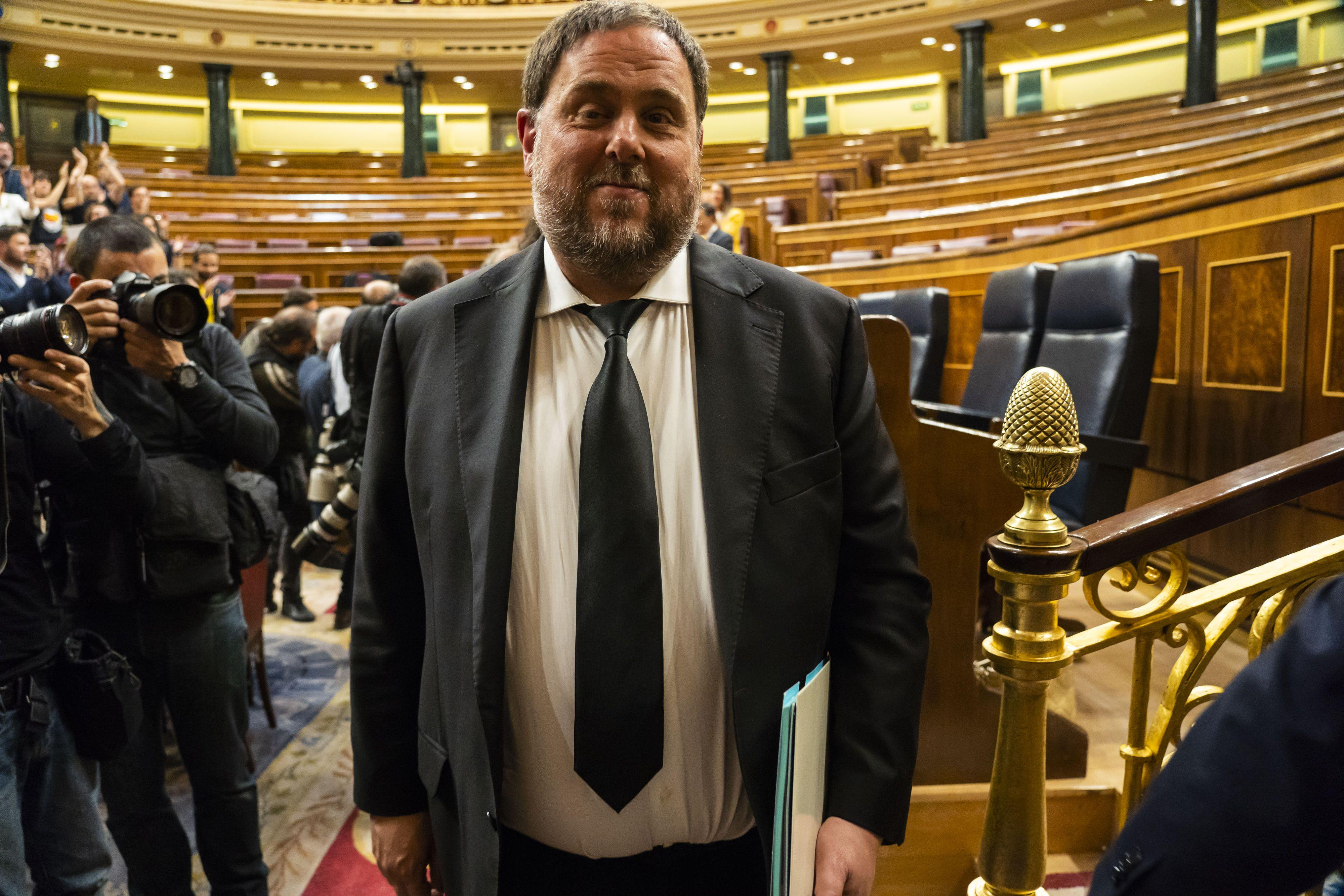 Jailed Catalan leader had immunity as MEP, court rules