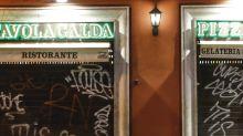 Firmato il nuovo Dpcm: chiusura alle 18 per bar e ristoranti