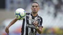 Novo reforço! Grêmio anuncia contratação de atacante Luiz Fernando, do Botafogo