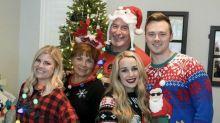 #UglyChristmasSweater: los usuarios comparten sus peores jerséis navideños