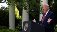 Trump tenta recuperar imagem desgastada por pandemia