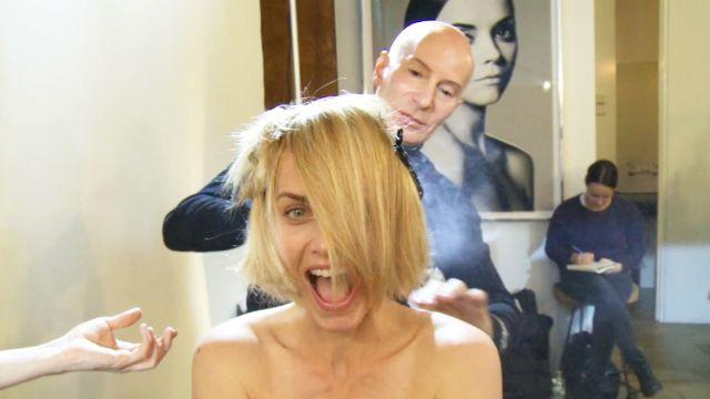 Makeovers - Amber Valletta Makes The Cut
