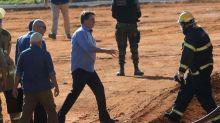 """""""Acabou matéria do Jornal Nacional"""", diz Bolsonaro sobre atraso em divulgação de casos de Covid-19"""