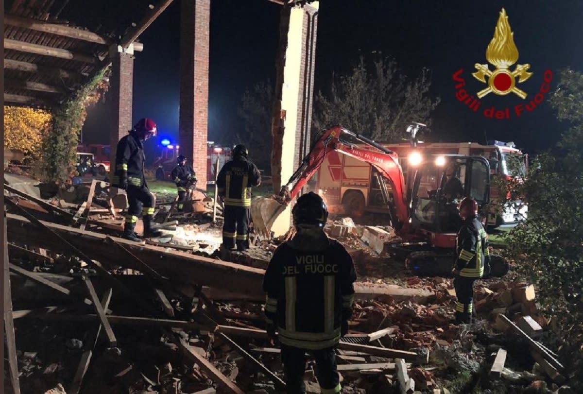 Incendio ad Alessandria, esplosa una cascina: confermato il dolo - Yahoo Notizie