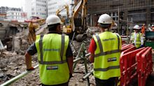 Balfour Beatty suffers revolt over executive pay
