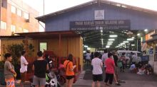 In Selayang Jaya market, social distancing is a distant understanding (VIDEO)