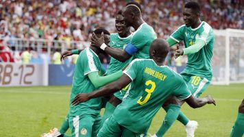 Com gol contra de brasileiro, Polônia perde para Senegal