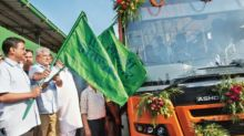 Delhi gets 25 new buses after 8 yrs