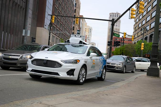 Ford and Argo test a self-driving Fusion in Detroit