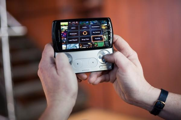 OnLive updated for Xperia Play (meaning: leave the external gamepad at home)