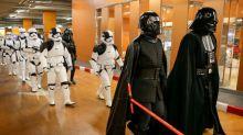 """""""Los Últimos Jedi"""" se encamina a conseguir 200 mln dlr en su debut en EEUU y Canadá"""