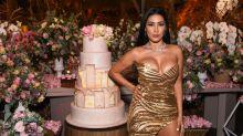 Bumbum de ouro, funk e borboleta gigante: a festa de 37 anos de Simaria