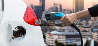 Il boom delle auto elettriche non mette fuorigioco le case tradizionali