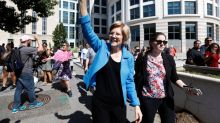 Democratic candidates criticize the labor model of Uber and Lyft–and keep using them