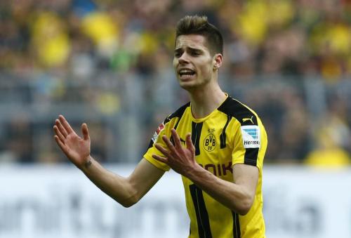 Dortmund cale, le Bayern peut être sacré