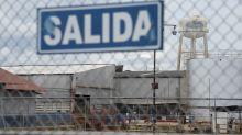 Venezuela Ditches Cuba-Style Controls, Helping Companies Survive