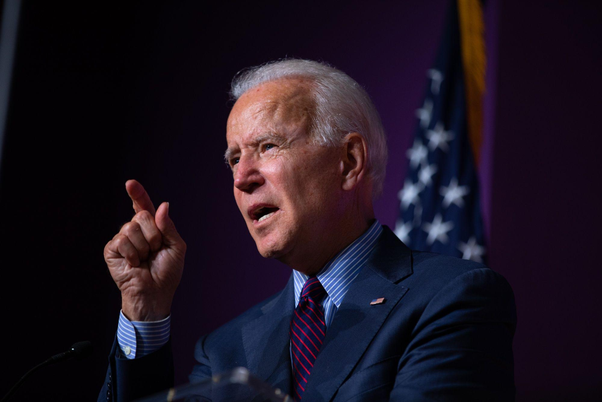 Biden Urges Trump to 'Listen to the Scientists' on Coronavirus