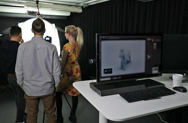 Tobii uses PC cameras to keep people from peeking at your screen (updated)