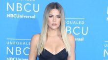 Kylie Jenner recluta a su hermana Khloé para promocionar sus nuevos cosméticos