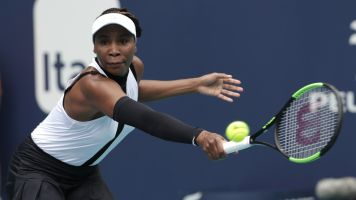 Venus wins opening match at Miami Open