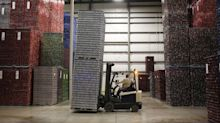 U.S. GDP Grows Above-Forecast 3.5% on Consumers, Inventories