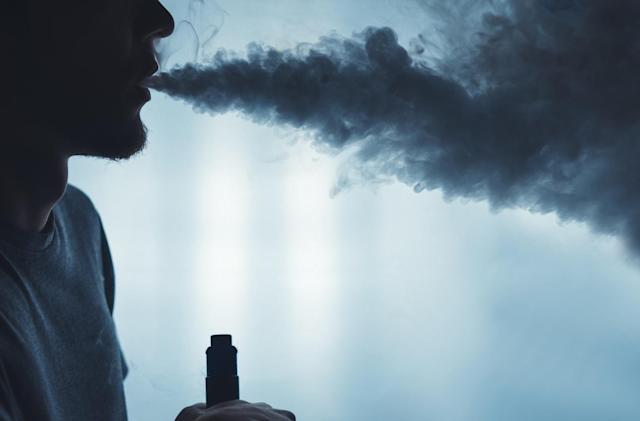 CDC confirms 2,051 cases of vaping-related lung injury