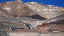 Canada's Barrick considers buyout of rival Newmont Mining