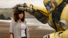"""Bumblebee"", una featurette del film in esclusiva"