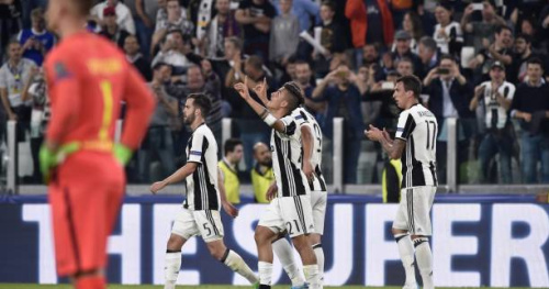 Foot - C1 - Quarts - La Juventus donne la leçon au Barça, doublé pour Paulo Dybala