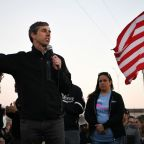 Beto Advocates Tearing Down Existing Wall on Texas Border