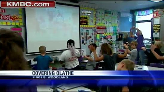 Woodland Elementary students work to set record