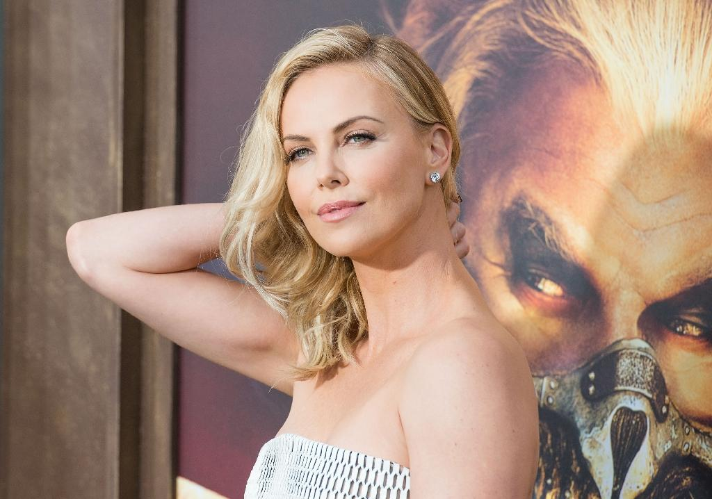Actress Charlize Theron attends the premiere of 'Mad Max: Fury Road' at TCL Chinese Theatre in Los Angeles, California, May 7, 2015 (AFP Photo/Valerie Macon)