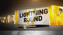 Cramer's lightning round: This bank's dividend makes me nervous