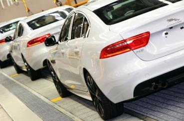 全新開發JAGUAR的電動版Baby Jaguar即將推出,挑戰TESLA的Model 3