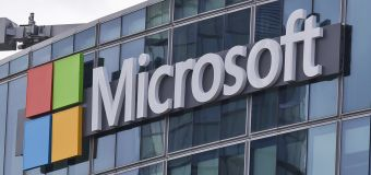 How Microsoft and Expedia deal with bitcoin