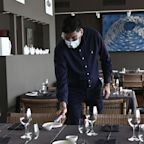 A Hong Kong Restaurant Group Put Together An Extensive Manual Of Guidelines For Re-Opening Amid The Pandemic