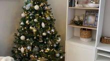 Ein simpler Trick sorgt in Sekunden für einen perfekten, bauschigen Weihnachtsbaum