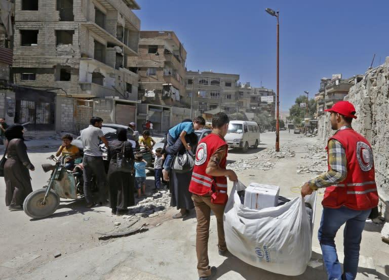syrie livraison d 39 une aide fran aise dans la ghouta orientale. Black Bedroom Furniture Sets. Home Design Ideas