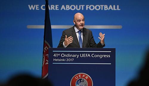 "International: FIFA-Boss Infantino: ""Dumme"" Rivalität mit UEFA vorbei"