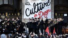 Grève: l'Opéra de Paris rouvre ses portes mais la mobilisation contre la réforme des retraites se poursuit