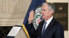 L'effetto Powell spinge le Borse: Milano più cauta con i bancari